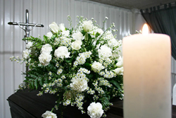 http://www.funerariaramos.com.pe/images/images/nosotros.jpg